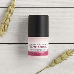 E vitamīna atsvaidzinošs acu krēms zīmuļa formātā