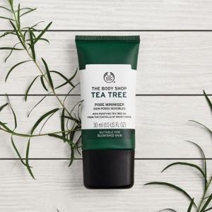 Tējas koka līdzeklis poru samazināšanai