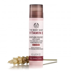 E vitamīna lūpu pomāde SPF 15