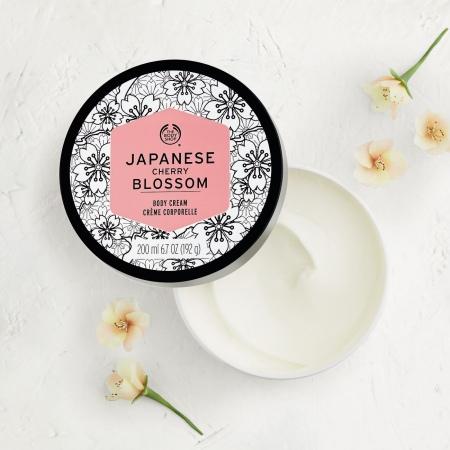 Japanese Cherry Blossom ķermeņa krēms