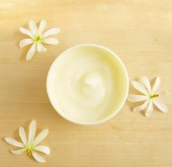 Moringas ķermeņa jogurts