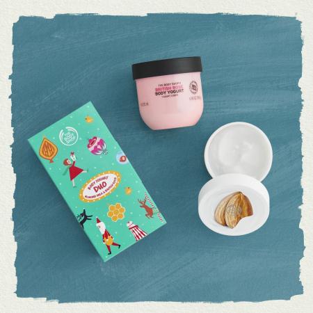Mandeļu piena un britu rozes ķermeņa jogurtu duo
