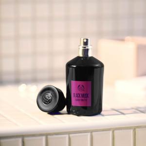 Black Musk tualetes ūdens