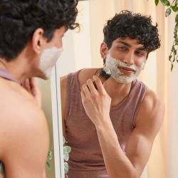 Maka saknes un alvejas skūšanās krēms